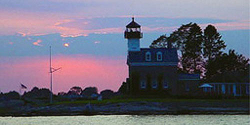 Lighthouse Sunset 500x250 - Argia Mystic Cruises - Mystic, CT