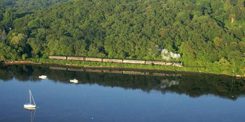 Train 500x250 - Connecticut River Museum - Essex, CT