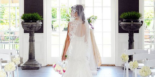 Bride at the Conservatory 500x250 - Ethan Allen Hotel - Danbury, CT