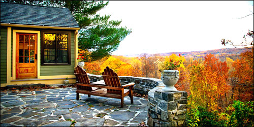 Brainerd-view-from-patio-of-vineyard-937-credit-Kim-Tyler-CT-Office-of-Tourism