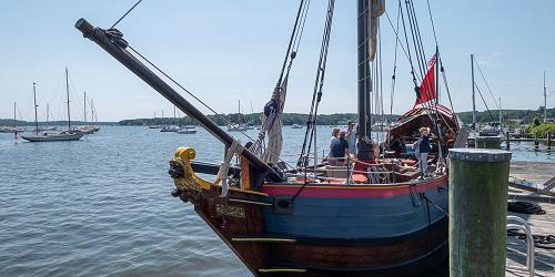 Onrust - 500x250 - Connecticut River Museum - Essex, CT
